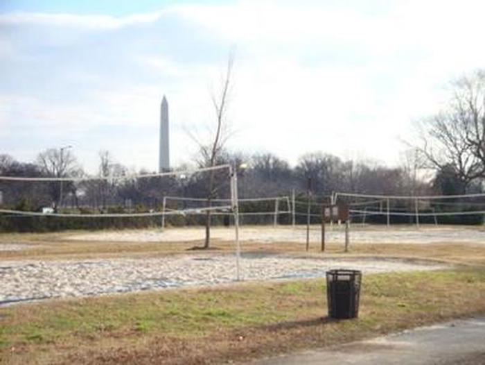 Preview photo of Parkway Drive-Volleyball Courts