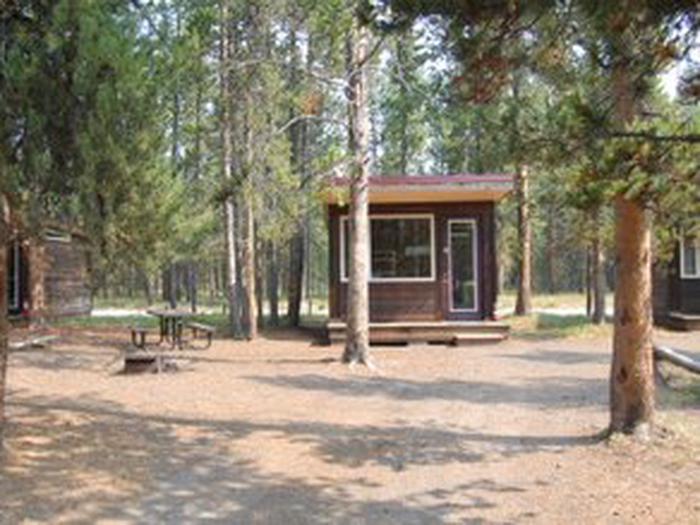Exterior Camper Cabin 107