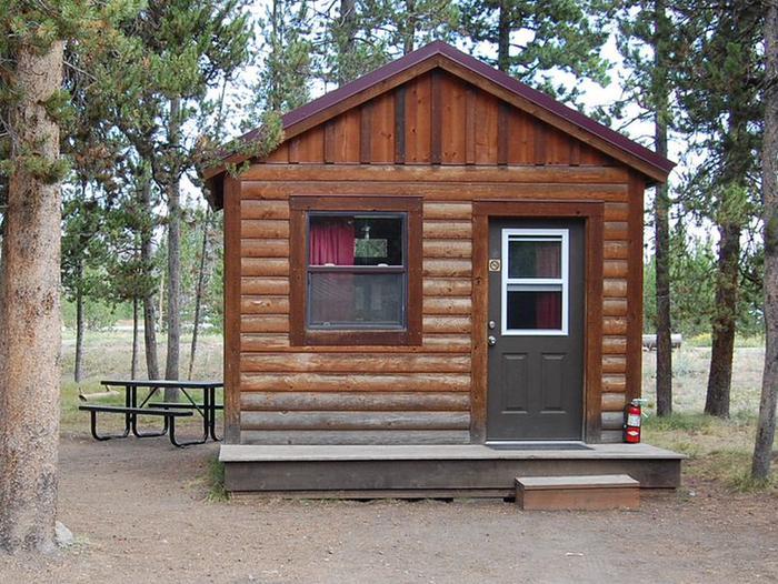 Exterior Camper Cabin 202