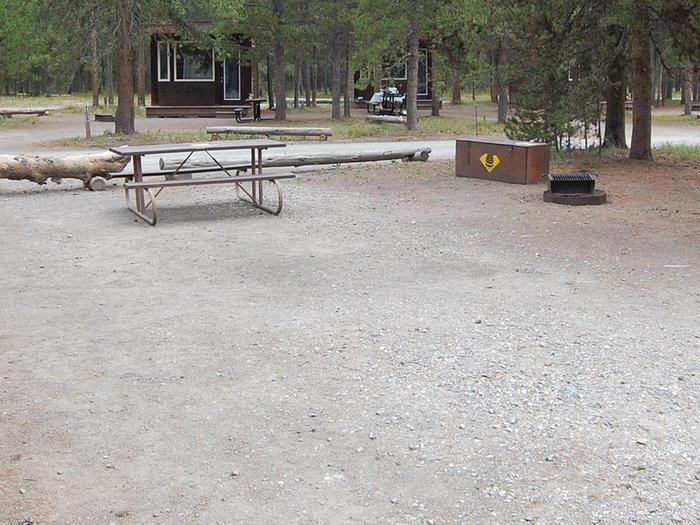 Exterior Tent 318