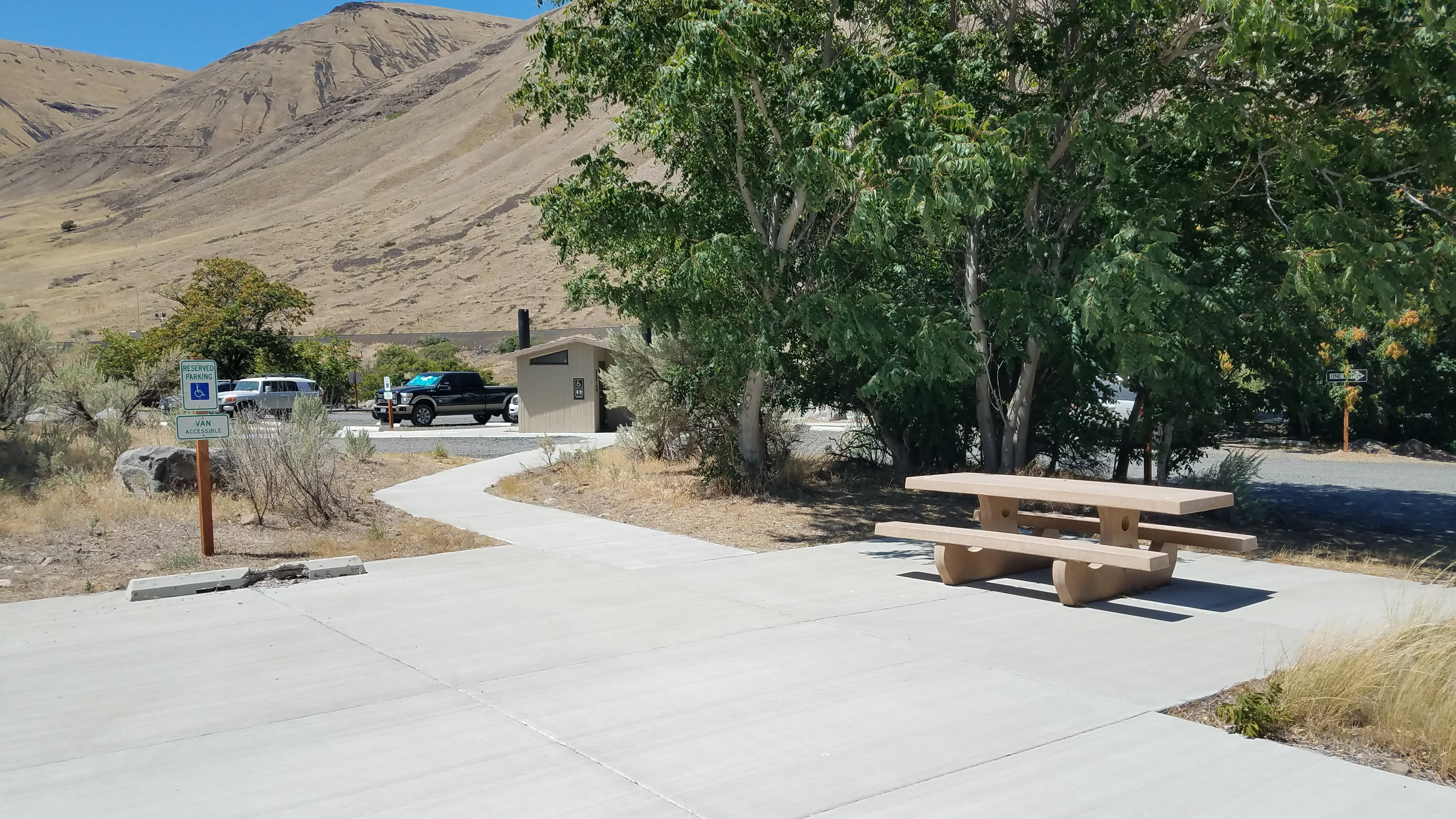 Accessible campsite 20 at Macks Canyon Recreation Site