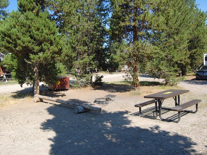 Exterior Tent 629