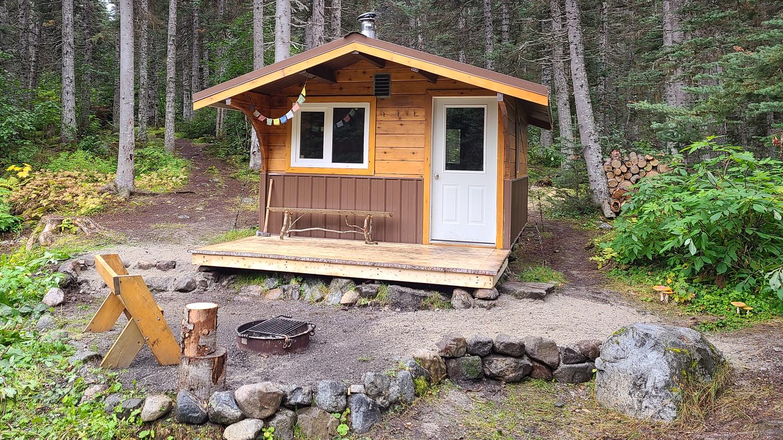 Laughton Glacier Cabin