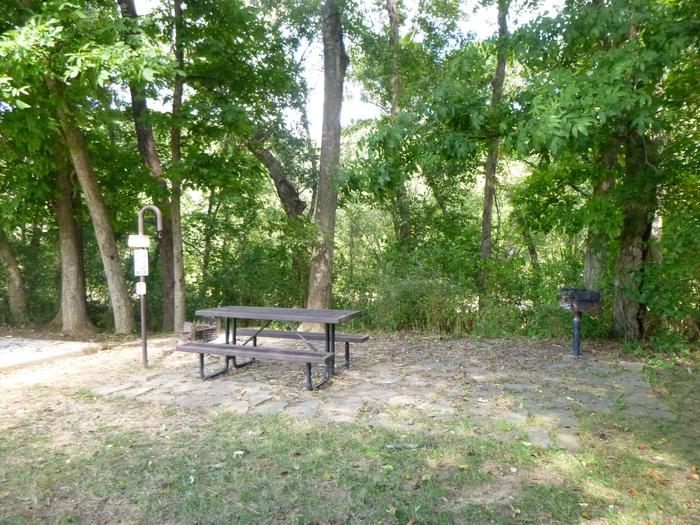 Tyler Bend Main Loop #12-4Site #12, is a drive through site with a short walk to picnic table and fire ring. Tent pad is 15' x 15'.