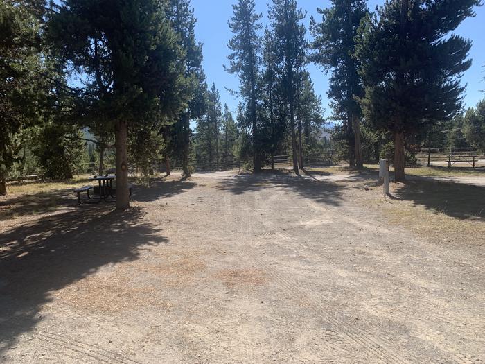 RV Site 619 Exterior
