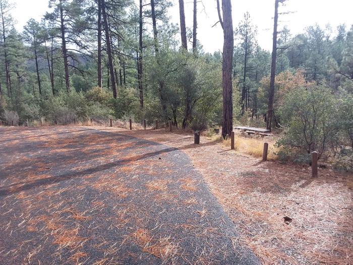 Hilltop Campground Loop B Site 13: accessHilltop Campground Loop B Site 13