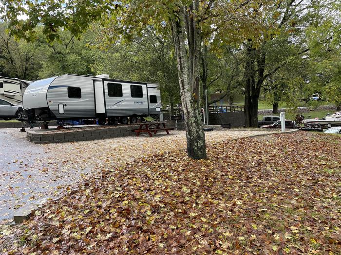 A photo of Site 040 of Loop TCLP at FLOATING MILL PARK with Picnic Table, Electricity Hookup, Lantern Pole, Water Hookup