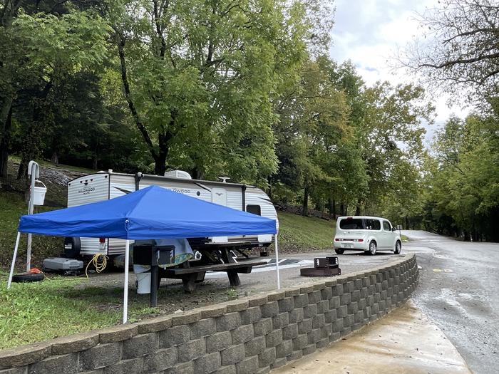 A photo of Site 080 of Loop FMIP at FLOATING MILL PARK with Picnic Table, Electricity Hookup, Fire Pit, Water Hookup