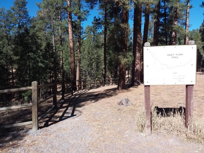 Preview photo of Jemez Falls (NM) Picnic Area