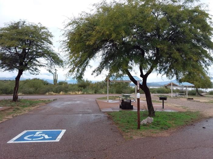Schoolhouse Handicap-accessible Campsites