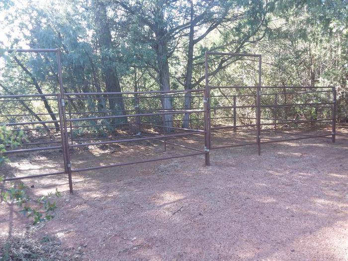 Houston Mesa, Horse Camp site #28 horse corral.Houston Mesa, Horse Camp site #28