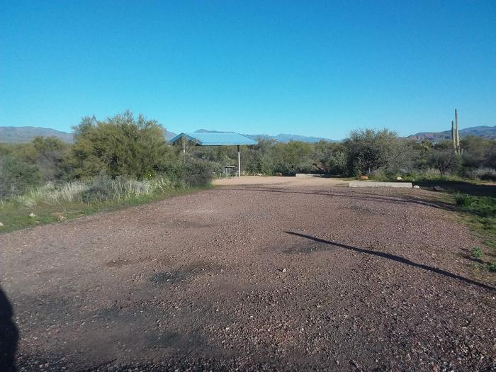Site 183 parking