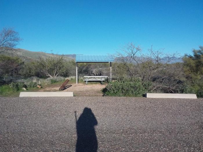 Site 185 parking