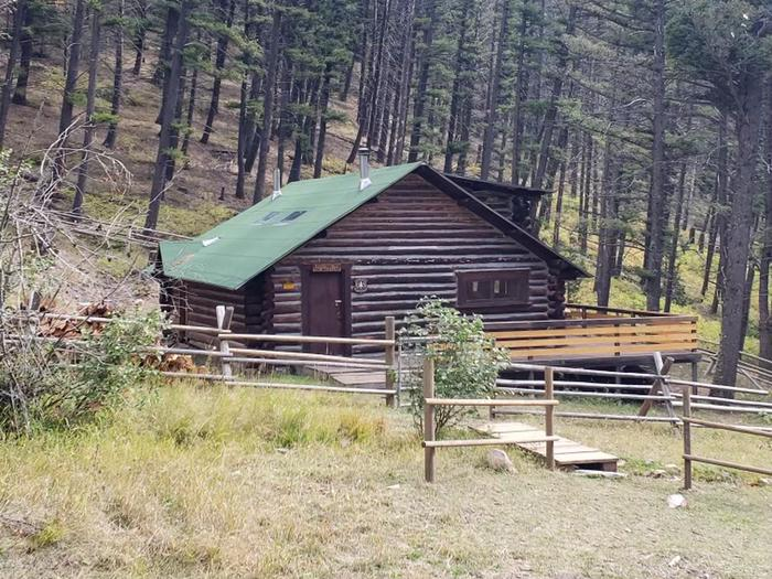 Preview photo of Lost Horse Cabin