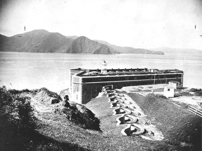 Preview photo of Fort Point National Historic Site Tours