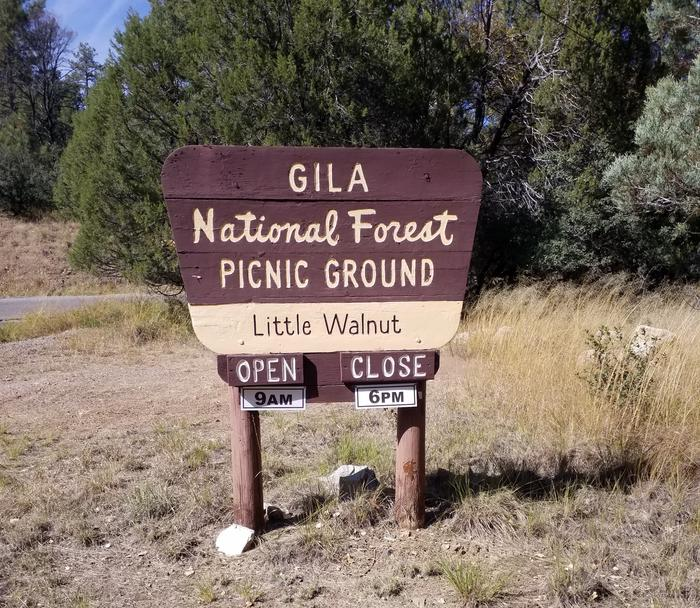 LITTLE WALNUT Picnic Area Entrance Sign