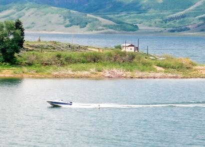 Boating on Scofield Reservoir