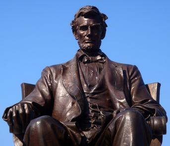 Abraham Lincoln Statue in Hodgenville