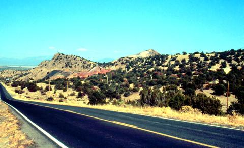 Taking the Turquoise Trail to Madrid, New Mexico