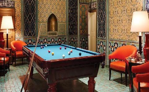 Billiards TableWithout even leaving the hotel guests of The Fairmont Hotel San Francisco can access world class shopping and unique on-site amenities.