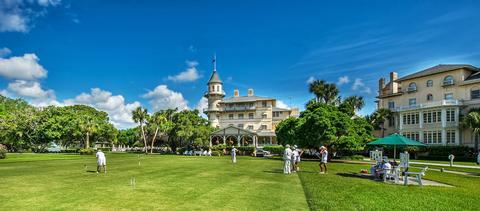 Activities AboundEnjoy your time at this Historic Hotel of America by taking in a game of croquet on the lawn or trying your hand at a game of tennis or golf.