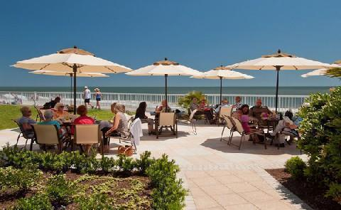Seaside DiningEnjoy indoor and outdoor dining at St. Simons Island's only oceanfront restaurant, ECHO.