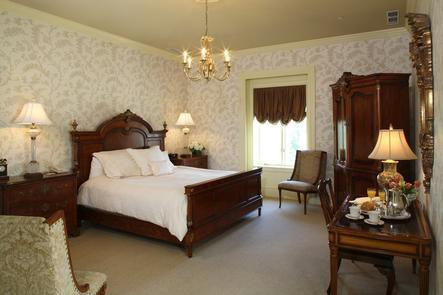 Luxurious Mansion Life OHKEA CASTLEfeatures 32 guestrooms that combine the luxury of today with the history of the golden age of the 1920's.