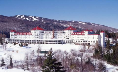 Winter Weather Omni Bretton Woods offers over 434 acres of skiing and snowboarding for winter guests to enjoy: day or night.