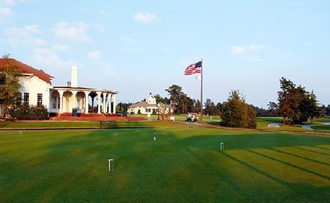 Outdoor RecreationGuests at Pinehurst Resort have 8 golf clubs, 24 tennis courts and much more available.
