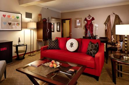 Portland Center Stage SuiteThe Heathman Hotel offers a distinct type of room no matter what your needs. From a deluxe room to The Symphony Suite, each of the 150 guestrooms offers comfort and style.
