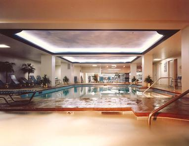 On Site ActivitiesAll guests of this Historic Hotel of America are invited to enjoy amenities such as a pool, sauna, and state of the art health club.