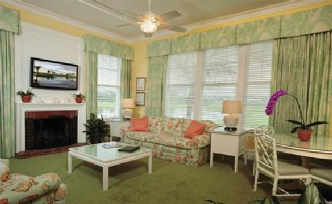 Variety of RoomsNot only does this Historic Hotel of America offer 62 plantation-style rooms, the resort also boasts 20 spacious cottages, most dating to 1930s.