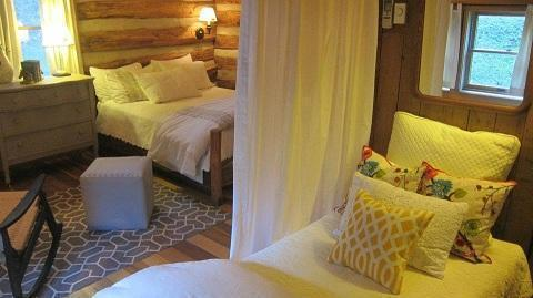 Cozy RoomsGuests have the option of choosing between cozy cottages, cabins or historic farmhouse guestrooms.