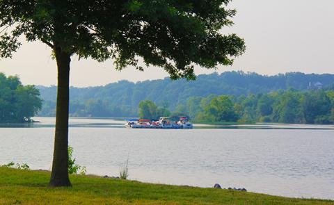 Preview photo of Cheatham Lock and Dam