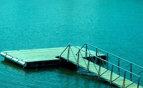 Courtesy dockCourtesy dock floating in the lake