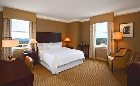 Comfortable AccommodationsThe 200 guest rooms at this Historic Hotel of America fuse modern comfort with history style.