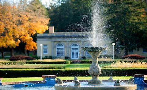 GardensBetween 1917 and 1919 a sunken garden was created with a fountain featuring an angel on the grounds of West Baden Springs.