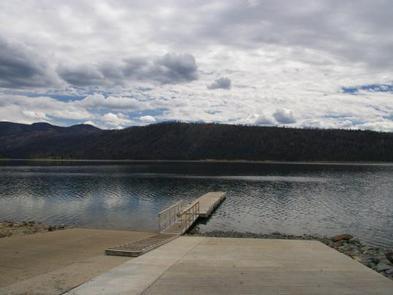 New Fork Lake Boat SiteNew Fork Lake Boat Ramp, 1.5 miles away