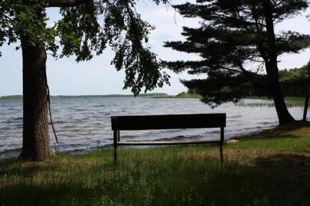 Preview photo of Deer Lake