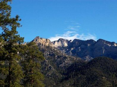 Preview photo of Cathedral Rock Picnic Area