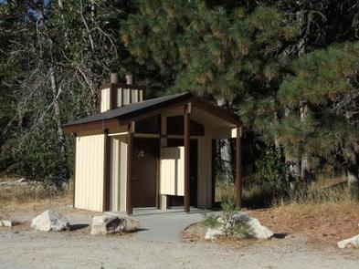 Vault toilets with gravel roads are on site.Elks Flat Campground