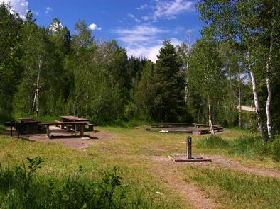 Lake Hill Campground GroupLake Hill Campground