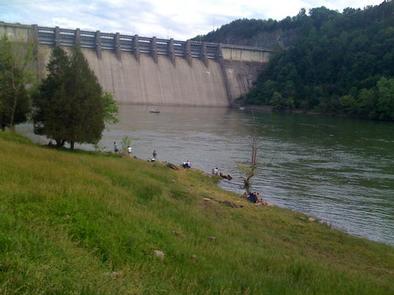 Bank fishing at Kendall Recreation AreaFishing in Cumberland River at Kendall Recreation Area
