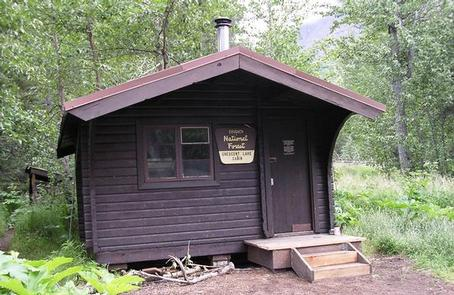 CRESCENT LAKE CABIN