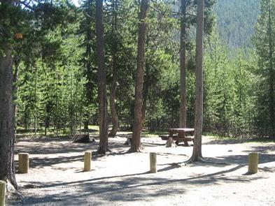 Preview photo of Cinder Hill Campground