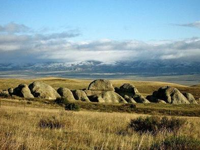 Carrizo Plain National Monument, Selby RocksSelby Rocks