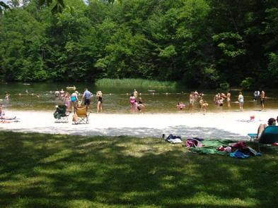 CAVE MOUNTAIN LAKE FAMILY CAMP