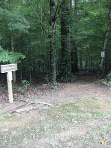 Holmes Bend Campground TrailTrailhead located near the amphitheater