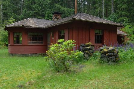 Preview photo of Hamma Hamma Cabin