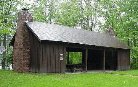 Preview photo of Spearhead Point Shelter